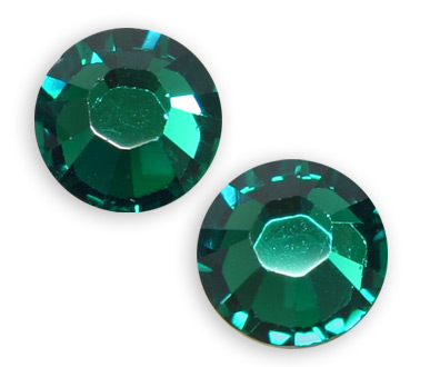 2028:: SS30 Emerald Glue on Stone Pack Qty 36pcs