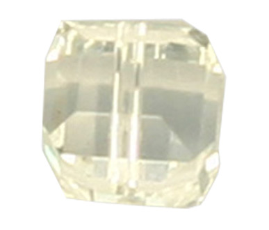 5601 8mm Crystal Square Bead PQ 6
